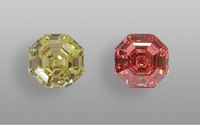 See this 10-carat LGD's color transformed from yellow to pink! igi gems-77
