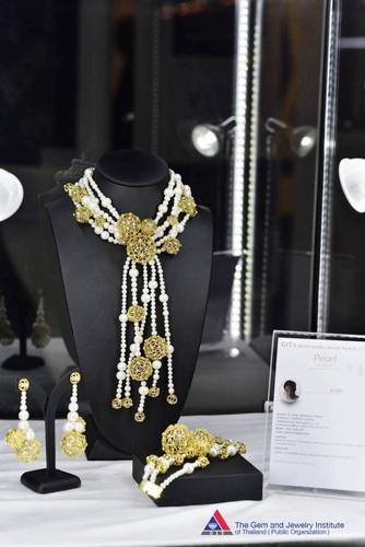 GIT's World Jewelry Design Awards 2018 Winners Announced SecondRunnerUp_Atom-61