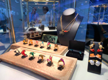 U.S. buyers increasingly turn to handcrafted gem-set Thai jewelry as seen at JCK Las Vegas 2019